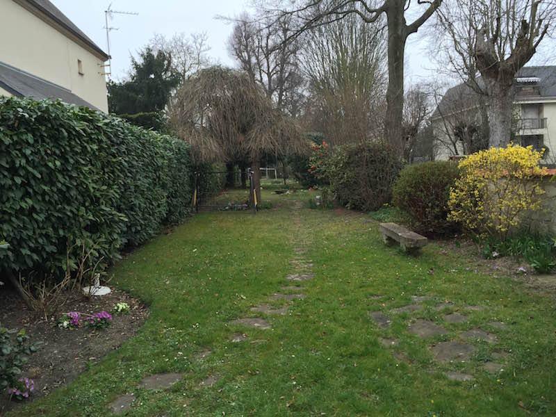 Entretien jardin particulier mensuel bourg la reine 92 for Entretien jardin 95