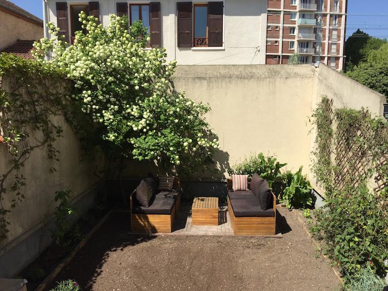 Plantation vivaces multiples et vari es dans un jardin 94 for Entretien jardin 94