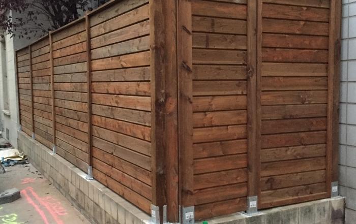 Finalisation des panneaux en bois