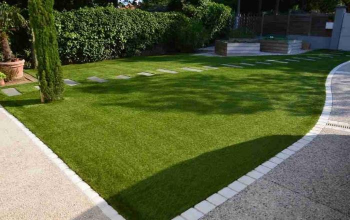 Gazon synthétique pelouse pose 94