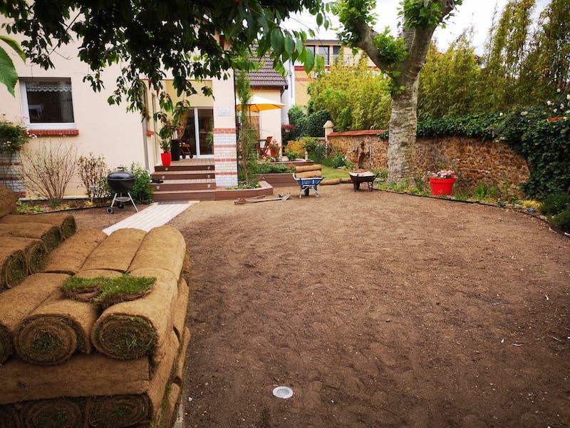 en cours de preparation massif maison alfortAidlib jardinier paysagiste
